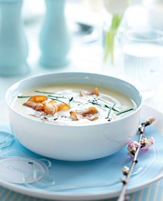 This deliciously sweet and creamy parnsip soup is an ideal starter recipe for a dinner party.