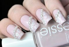 "Tendência ""Pearl Nail Art"" - decora as tuas unhas com pérolas"