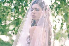 Romantische lange Blush Hochzeitsschleier, Kapelle Länge zwei Tier Rosa Bridal Veil