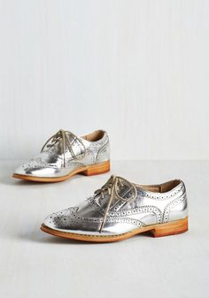 1960s silver oxford shoes