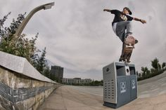 Lost in Ordos: Antony Lopez drifting through the Ghost City. #skate #redbullskate. http://win.gs/1d2AQrB Image: © Kevin Metallier