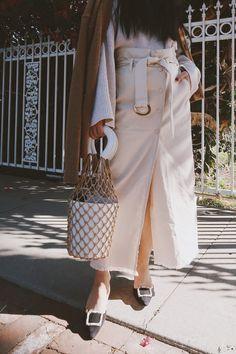 17bb9cad814e1 Spring Trend  High-Waisted Pencil Skirt   Bucket Bag