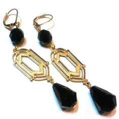 Inspired by the roaring 20s and the recent Great Gatsby flick...jet razor drop earrings by Etelage. Shop the Great Gatsby Jewellery collection: http://www.etelage.com/About/jewellery