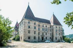 Ansicht Schloss Spielfeld Barcelona Cathedral, Louvre, Mansions, House Styles, Building, Travel, Viajes, Buildings, Traveling