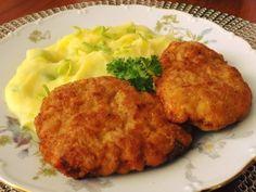 "Řízky z mletého masa, sýru a mrkve - tak trošku ""Holanďan"" Real Food Recipes, Cooking Recipes, Ground Meat Recipes, Pork Tenderloin Recipes, Baked Potato, Mashed Potatoes, Ham, Cauliflower, Food And Drink"