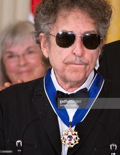 May 29, 2012 Bob Dylan with the Presidential Medal of Freedom presented by President Barack Obama in the East Room of the White House in Washington, DC. The award is the country's highest civilian honor. AFP PHOTO/Mandel NGAN