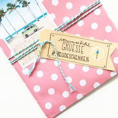 ...gleich geht's zu Post. #analogepost #happymail #freudeschenken #snailmail #verpackungsliebe #lettering #summerspecial…