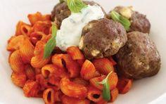 Greek meatballs with pasta and tzatziki Tzatziki Recipes, Gourmet Garden, Greek Meatballs, Tomato Pasta Sauce, Recipe Sites, Mediterranean Recipes, Greek Recipes, Food Dishes, Side Dishes