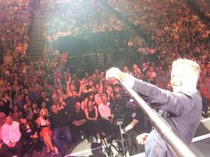 TOTMemories here's a pic of our last audience in Dublin using my selfie stick! 13.09.2014, D #TakeawayOnTour #antanddec