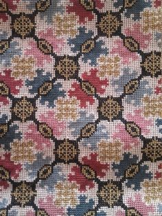 Cross Stitch Borders, Cross Stitch Charts, Cross Stitching, Cross Stitch Embroidery, Embroidery Patterns, Hand Embroidery, Cross Stitch Patterns, Knitting Patterns, Folk Clothing