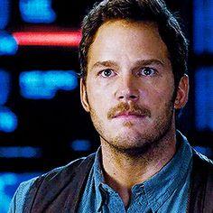 He's so handsome. Chris Pratt Jurassic world.