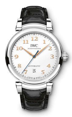 Das Basismodell der neuen Da-Vinci-Linie von IWC bildet die 40 Millimeter große Da Vinci Automatic. IWC hat die Edelstahluhr als Unisex-Produkt konzipiert und stellt sie auf dem SIHH 2017 vor; Damen finden allerdings als Alternative auch kleinere Versionen mit 36 Millimetern Durchmesser.