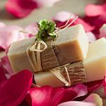 Really neat soap making recipes & fancy soap ideas, embedded images/objects in soap.