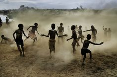 Children of the Omo Valley in Ethiopia. Photo by Steve McCurry.