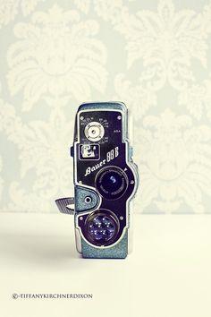 Vintage Bauer Camera http://www.thefancyfarmgirl.com/cameralove/  #camera #vintage #bauer