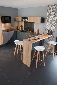 32 Beautiful Small Kitchen Design Ideas And Decor. If you are looking for Small Kitchen Design Ideas And Decor, You come to the right place. Below are the Small Kitchen Design Ideas And Decor. Kitchen Decor, Home Decor Kitchen, Ikea Kitchen Remodel, Kitchen Flooring, Kitchen Remodel Small, Kitchen Design Small, Kitchen Trends, Kitchen Remodel, Kitchen Renovation