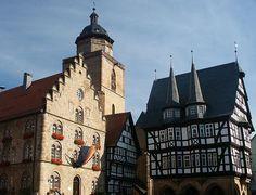 Alsfeld/Hessen, ältestes Fachwerkhaus, Rathaus und Walpurgiskirche