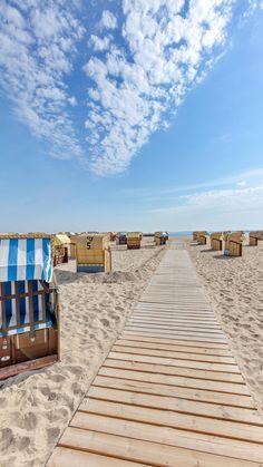 Travemünde: Langer Strand und dicke Pötte
