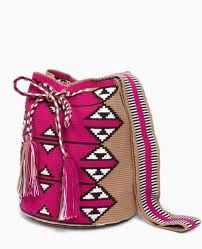 Pink Zig Mochila - open top bag with drawstring closure is made by the indigenous Wayuu women in Colombia Tapestry Bag, Tapestry Crochet, Knit Crochet, Mochila Crochet, Ethnic Bag, Boho Bags, Crochet Purses, Crochet Bags, Knitted Bags
