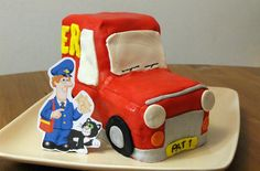 step-by-step Postman Pat birthday cake