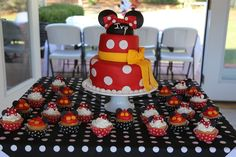 Cake and cupcakes at a Mickey Mouse Clubhouse Party #mickeymouse #clubhouse