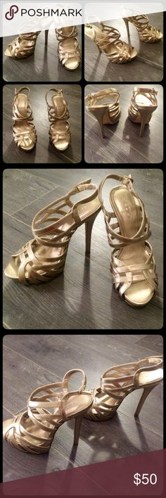 ALDO Metallic Light Gold Heels Metallic Light Gold Adjustable straps, platform front Size 7.5.  Comfortable Gently worn  Tiny scuff on front right side but otherwise good condition (see last photo)  15% off when you bundle 3+ listings with EyeCandy Boutique.  Thanks for looking!!   Please follow and check out my other listings!! Aldo Shoes Heels