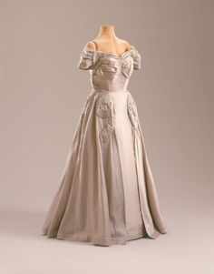 Evening Dress, 1951  Attributed to Ann Lowe, New York. Bequest of Marjorie Merriweather Post, 1973  Hillwood Estate, Museum & Gardens, Owner of Copyright