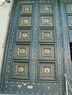 blue/gold Blue Gold, Street Art, Windows, Rugs, Home Decor, Farmhouse Rugs, Homemade Home Decor, Types Of Rugs, Window