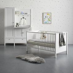Babyzimmer in Weiß online bestellen Cribs, Furniture, Home Decor, Bed, Cots, Bassinet, Crib, Interior Design, Home Interior Design