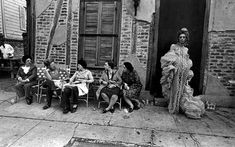 Jill FreedmanPearl Queen and the Peanut Gallery1976Copyright © Jill Freedman