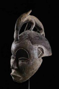 STUNNING LARGE AFRICAN  IGBO TRIBE NIGERIA WOOD WAR/DANCE MASK ON METAL STAND