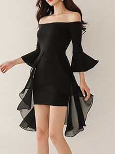 Off Shoulder Plain Bell Sleeve Bodycon Dress # Fashion dresses Bodycon Outfits, Dress Outfits, Fashion Dresses, Work Outfits, Summer Outfits, Summer Dresses, Bodycon Dress With Sleeves, Dress Up, Dresses With Sleeves