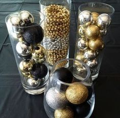 There are many Gatsby Party Ideas that you can try on our current articles, check this out. So if you're prepared to party this up, Gatsby-style Deco Nouvel An, Gold Christmas Decorations, Christmas Ornaments, Great Gatsby Party Decorations, Black And Gold Party Decorations, Gold Ornaments, Party Decoration Ideas, Masquerade Party Decorations, Diy 1920s Party