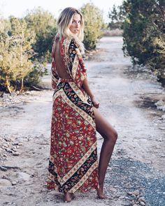 "3,719 Me gusta, 87 comentarios - CARLA HINOJOSA (@carlahinojosar) en Instagram: ""Island style. @fetichesuances #formentera #summer"""