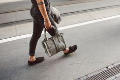Fritzi aus Preußen Celine Luggage, Luggage Bags, Denim, Style, Fashion, Accessories, Swag, Moda, Stylus