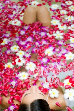 -Relaxing flower bath.<3