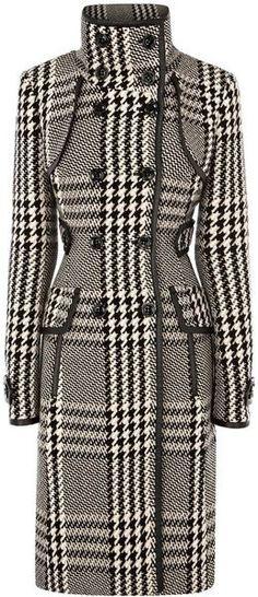 Karen Millen Statement Check Coat in Black. Love this coat Black And White Outfit, Black White, Jw Mode, Look Fashion, Womens Fashion, Girl Fashion, Cool Coats, Check Coat, Karen Millen