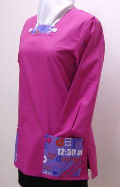 Mod. Sanny #casacca in tessuto mistocotone leggero con scollatura quadrata fermata da bottoni, tasche con doppi bordini di riporto, spacchi laterali. #Settore #estetico #sanitario