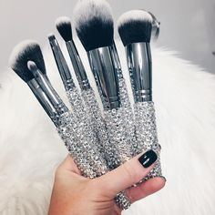 Best Professional Makeup Brushes Set - 24 Pc Pink Cosmetic Foundation Make up Kit - Beauty Blending for Powder & Cream - Bronzer Concealer Contour Brush - Beauty Bon - Cute Makeup Guide Mini Makeup, Cute Makeup, Dupes, Tattoo Machine Kits, Professionelles Make Up, Make Up Organizer, Makeup Guide, Makeup Hacks, Makeup Tattoos