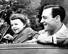 Kerry Kelly and Gene Kelly                                                                                                                                                                                 More