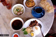 Rawon with Tenderloin Steak Tenderloin Steak, Places To Eat, Fresh Rolls, Lunch, Ethnic Recipes, Food, Meal, Eat Lunch, Essen