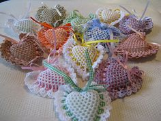 ideas for crochet heart sachet vintage Crochet Home, Love Crochet, Crochet Motif, Irish Crochet, Crochet Patterns, Vintage Crochet, Crochet Sachet, Crochet Dishcloths, Crochet Gifts