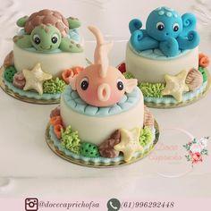 Muito apaixonada por ele Best Picture For Sealife Cake birthday parties For Your Taste You are looki Ocean Birthday Cakes, Ocean Cakes, Cake Birthday, Birthday Parties, Bolo Barbie, Barbie Cake, Pretty Cakes, Cute Cakes, Mini Cakes