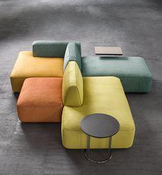 Modular Furniture, Sofa Furniture, Furniture Design, Office Interior Design, Office Interiors, Coin Banquette, Chaise Longue Design, Salas Lounge, Living Room Sofa Design