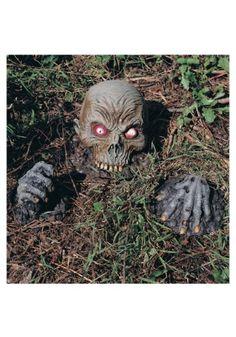Skull on Jaws #Halloween #Decor #Outdoor