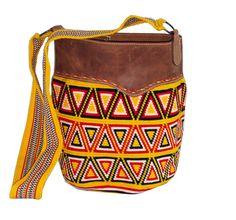 Mochila Wayuu con Cuero... Mejora lo tradicional