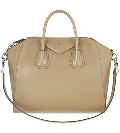 Antigona medium leather tote 04fc00c828451