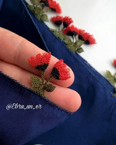 Needle Tatting, Needle Lace, Embroidery Neck Designs, Hand Embroidery, Knitted Poncho, Knitted Shawls, Odd Molly, Helly Hansen, Stylish Dress Designs