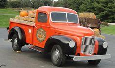 Vintage Trucks, Old Trucks, Classic Trucks, Classic Cars, American Pickup Trucks, Springfield Ohio, Homemade Dog Treats, International Harvester, Ih
