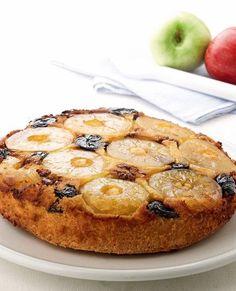Ανάποδο κέικ με μήλα, δαμάσκηνα και καρύδια - www.olivemagazine.gr Brownie Cake, Brownies, Greek Recipes, Chocolate Cake, Caramel, French Toast, Muffin, Food And Drink, Cupcakes
